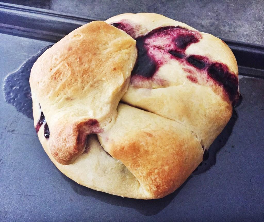 The Tastiest Baked Brie
