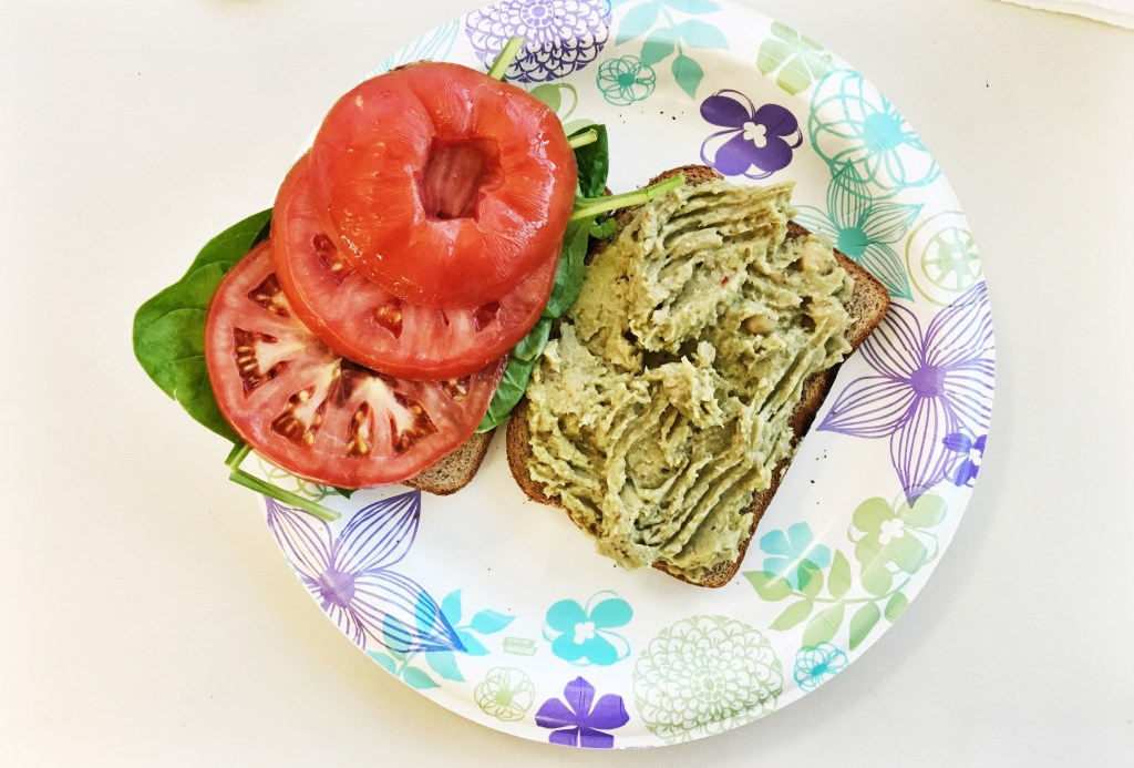 Vegan Avocado Chickpea Salad Sandwich || If you're looking for a hearty meal (vegan or not) look no further! This amazing sandwich can be made in 5 minutes, is packed with nutrients, and GOOD for you food!