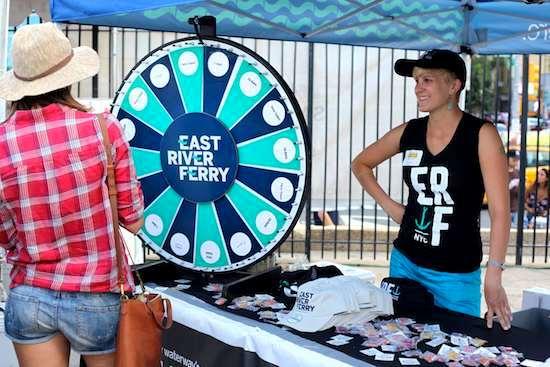 East_River_Ferry_Taste_Williamsburg_Greenpoint_Rosie_de_Belgeonne