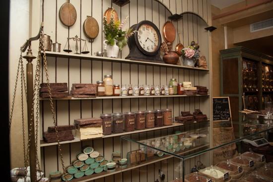 shelves_3_cacao_market_greenpoint_rosiedebelgeonne