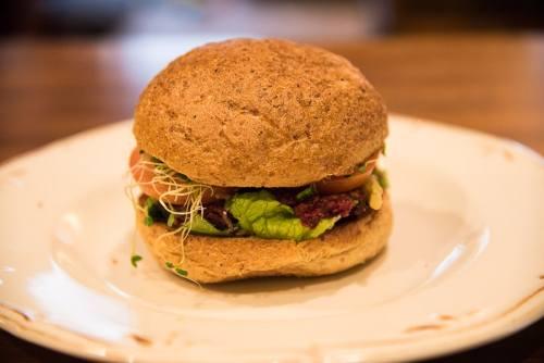 Jungle Café's Veggie Burger