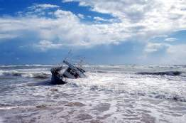 Shipwreck in Waves