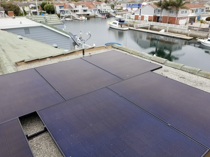 Rooftop solar array in Oxnard, CA on Channel Islands Harbor