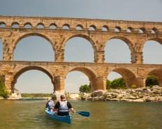 Wayne and Melissa approaching the Pont du Gard on the Gardon river, Gard, France