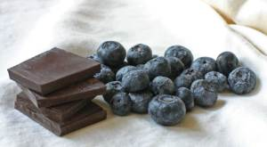 Dark Chocolate and Blueberries