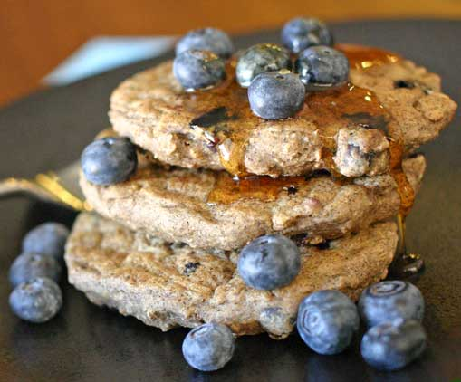 healthy vegan oatmeal blueberry pancake recipe