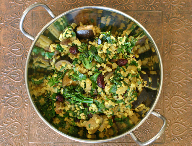 Healthy, Delicious Vegan Mung Bean Curry with Veggies