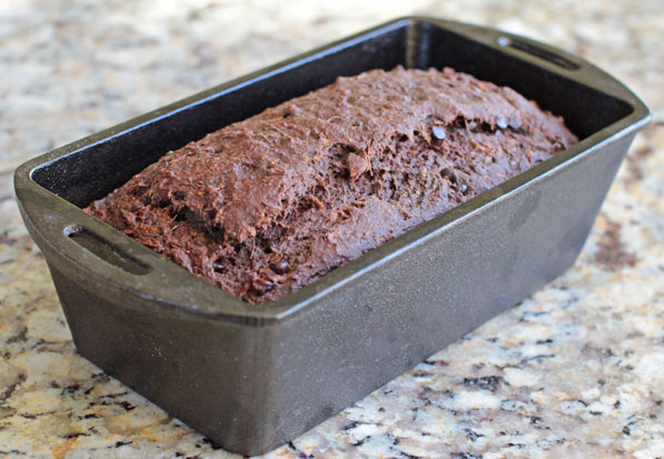 Healthy Vegan Chocolate Zucchini Bread - Same Recipe, Different Baking Style!