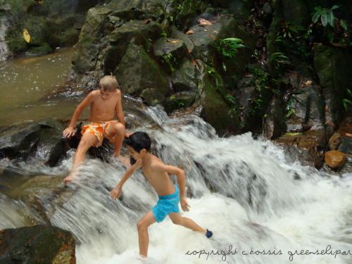 grr-kids-water-fall