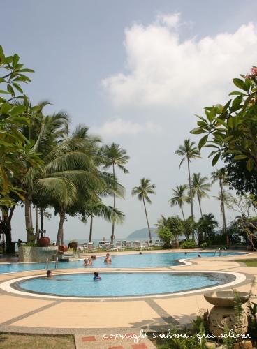 fp-swimming-pool