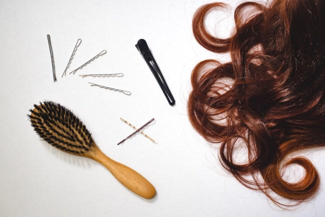 Nachtfrisur für Locken Schlafen mit langen Haaren