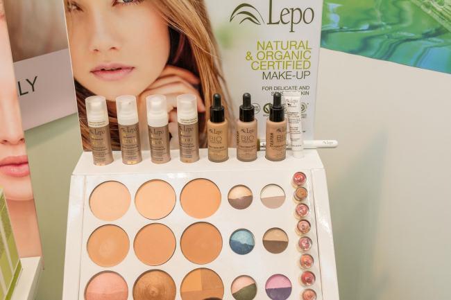 Vivaness Lepo Serum Foundation Naturkosmetik