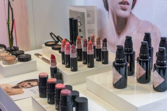 NUI CosmeticsMakeup Naturkosmetik
