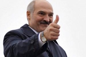 Президент Лукашенко обнуляет налоги при покупке электромобиля и вводит меры стимуляции развития инфраструктуры