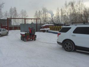 Продолжение серии зимних тестов электрического мини-трактора-думпера ElectroBase, и буксирование им Ford Explorer