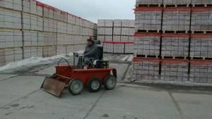 Применение мини-трактора на платформе ElectroBase на реальном производстве
