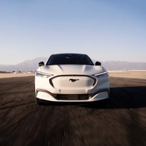Ford Motor готов ускорить процесс своей трансформации, и полностью перейти на электромобили в Европе ранее 2030 года