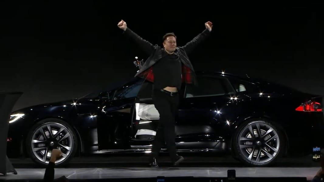 Илон Маск Tesla Model S Plaid 0006