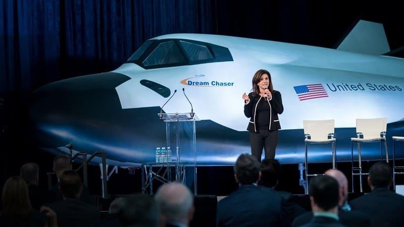 Эрен Озмен презентует челнок Dream Chaser