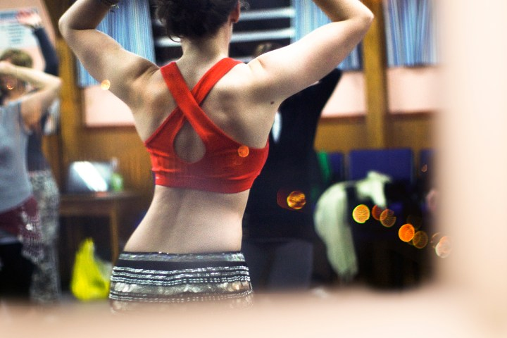 Siobhan teaches belly dance to women of all ages, shapes, and sizes in the Netherlands and beyond.