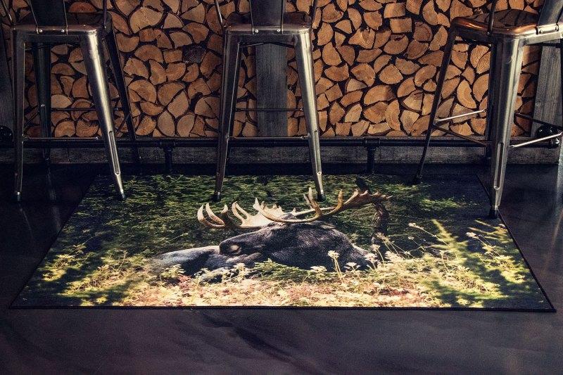 G8011 17- Orignal-moose tapis carpet