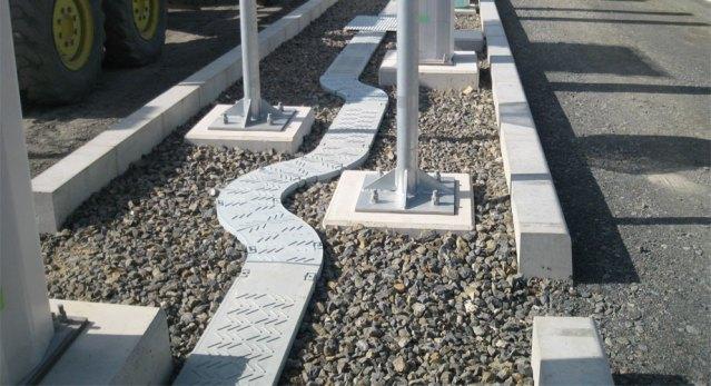 Cable trough bend. Lightweight plastic. Furukawa Green Trough.