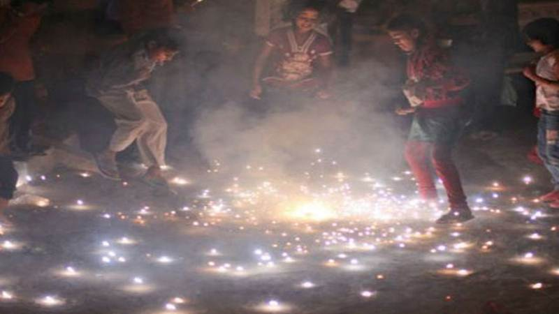 Diwali pollution spikes across India; Delhi 20 times toxic than WHO limits