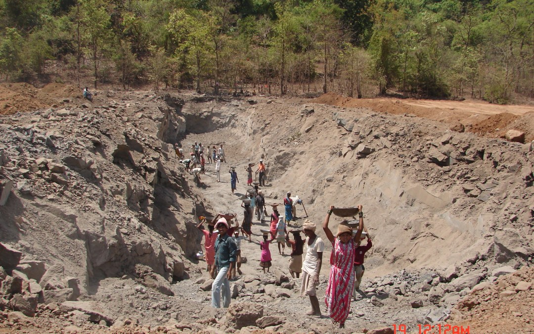 Illegal Sand Mining continues to exploit Rivers in North India