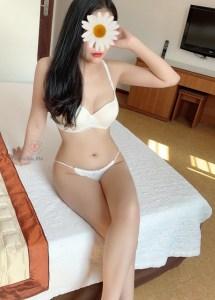 Gái gọi Kiều Trang 5649 - Mặt xinh, dáng đẹp vui vẻ, chiều khách.