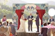 stage-wedding