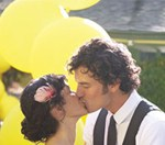yellow-balloon-wedding-01