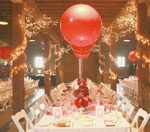 red-balloons-table