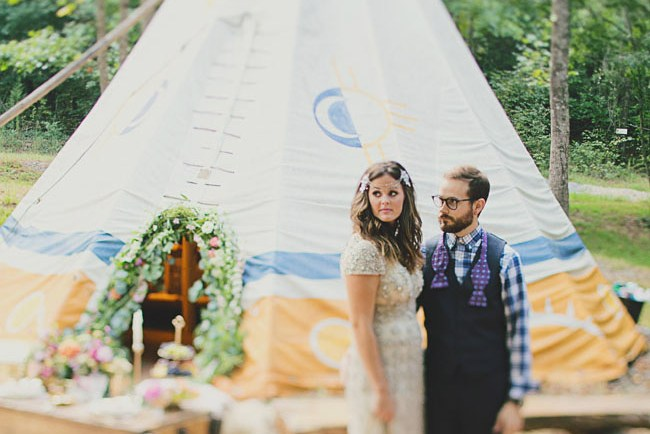 tipi wedding inspitation