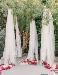 10 Creative Ways to Use Fabric in Your Wedding - Green ...