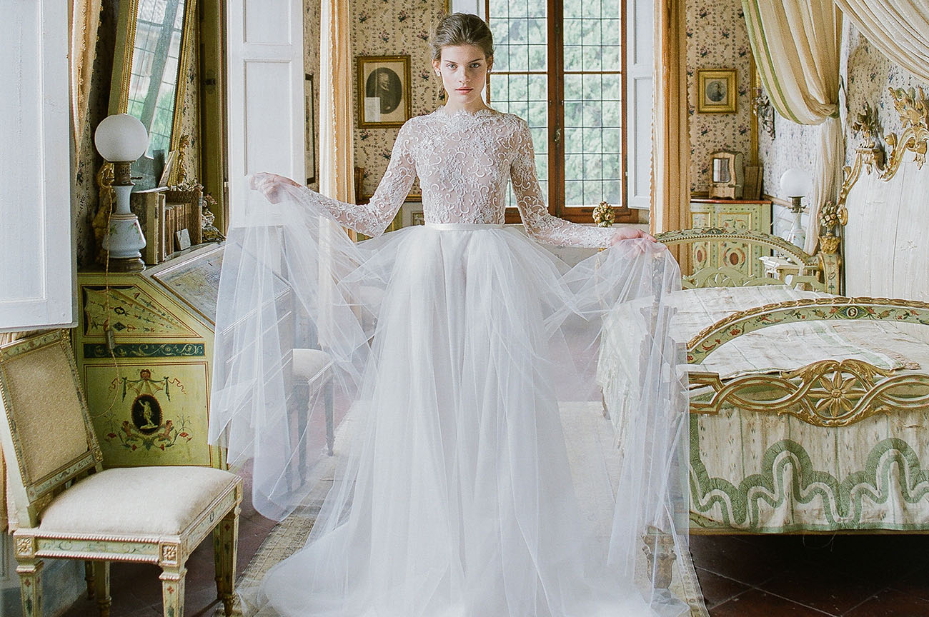 Renaissance Wedding Gowns 14 Cute Emily Riggs Bridal uNouveau