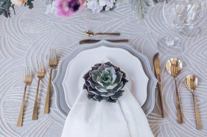 succulent plate setting
