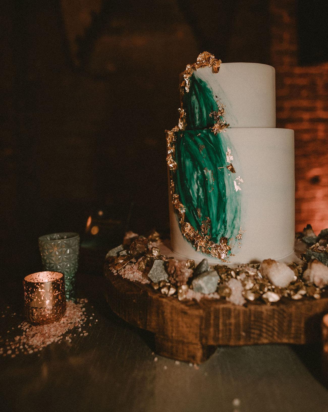 Dancing In The Moonlight A Luxe Emerald Green Wedding