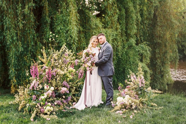 Romantic Ultraviolet Wedding Inspiration