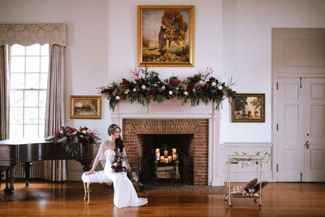 Glam Christmas Wedding Inspiration