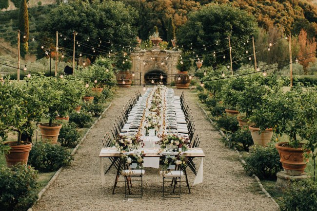 The Most Beautiful Dining Setups for an Unforgettable Wedding Reception