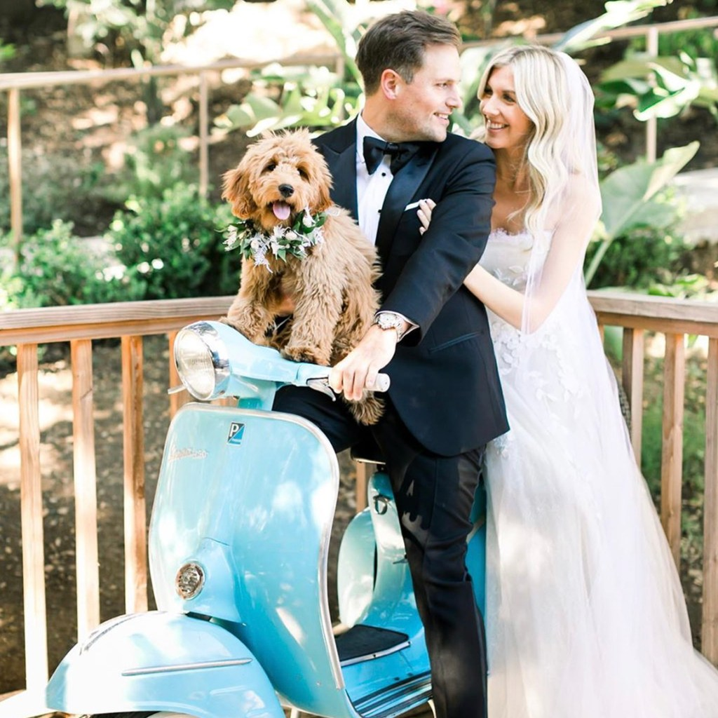How to Include Your Dog in Wedding