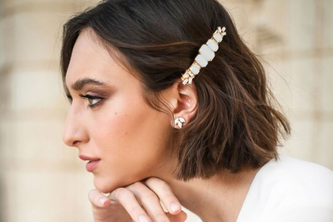 Hushed Commotion Belmont hair barrette for brides