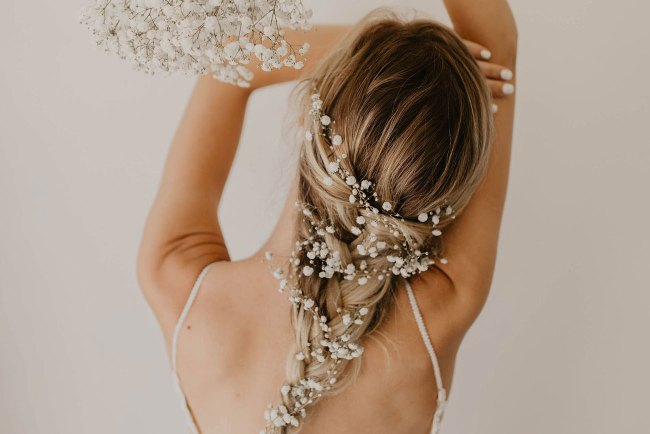 flower crown, bridal crown, flowers in hair, baby's breath