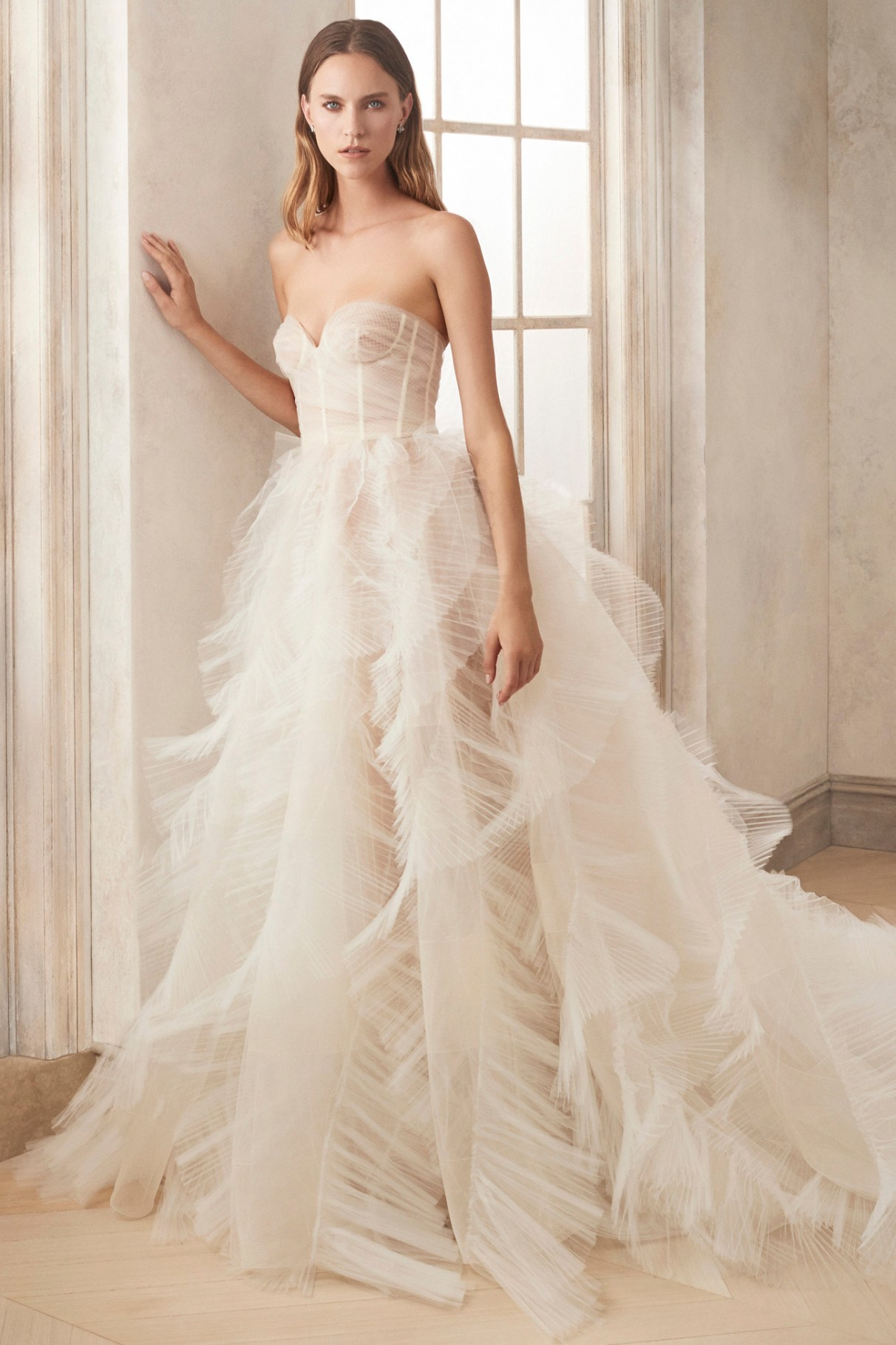 Oscar de la Renta Ruffles Wedding Dress