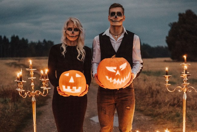 spooky halloween wedding ideas