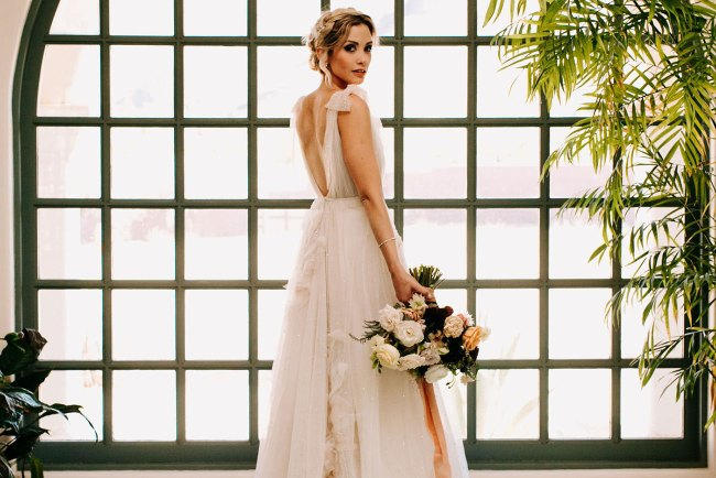 popular wedding dresses 2019