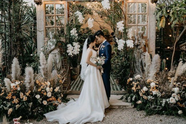 Thailand Glasshouse Wedding