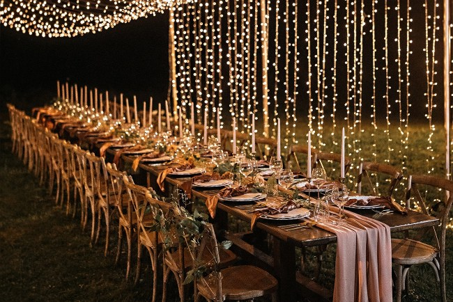 twinkle light curtain wedding