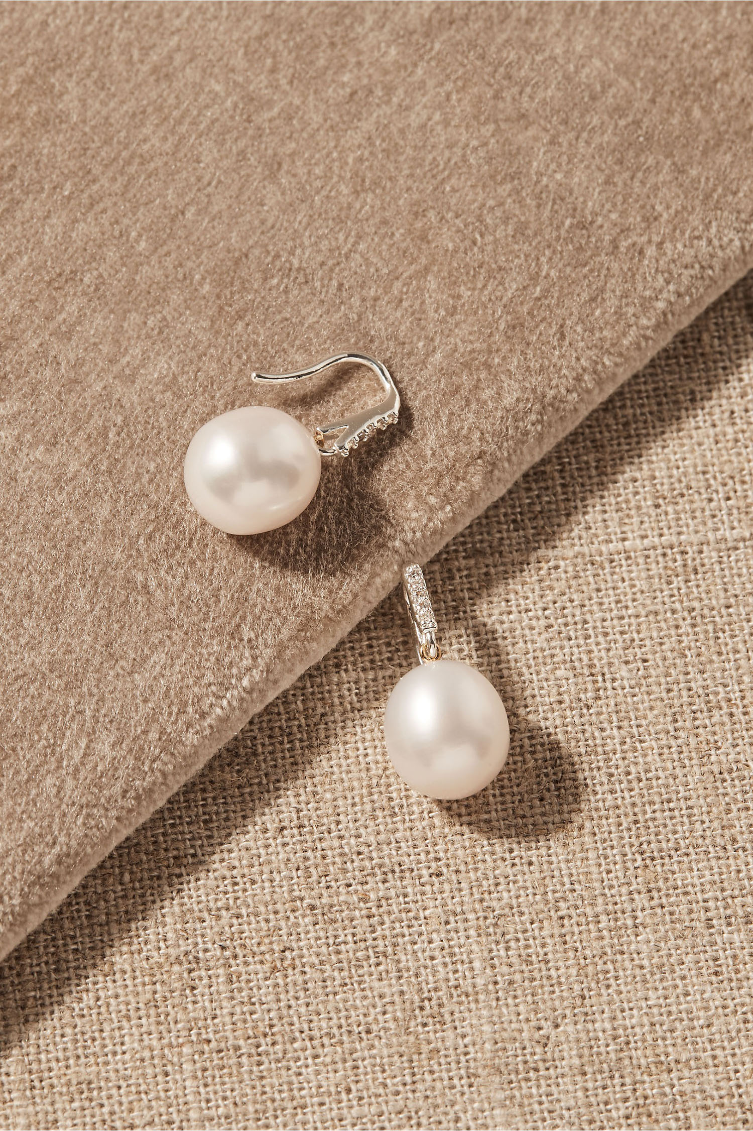 solitary pearl wedding earrings with silver posts