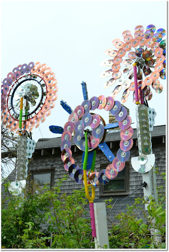 Matt Oates upcycled CD sculptures